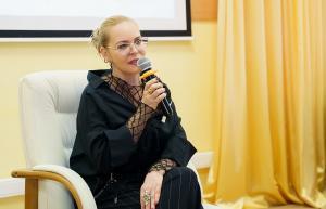 «Работа не должна быть пыткой!»: в гостях у МГУТУ народная артистка России Алена Яковлева